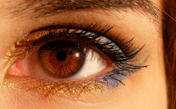 Badanie ostrości wzroku do dali i bliży z doborem korekcji okularowej